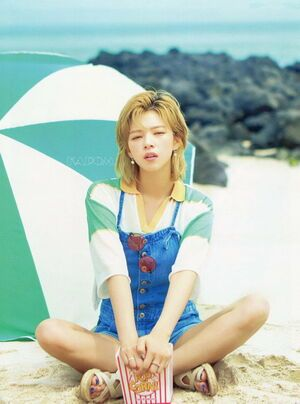 Photo : Jeongyeon